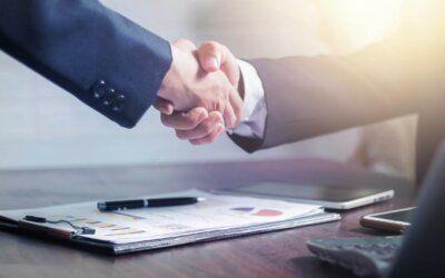 Eine starke Partnerschaft für GxP-regulierte Branchen: DHC Business Solutions und BE-terna arbeiten künftig zusammen